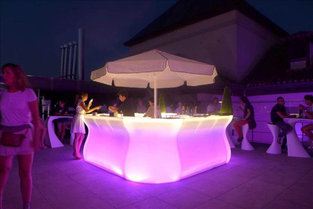 Bancone Bar Da Giardino banco bar modulare luminoso esterno. | bancone bar in